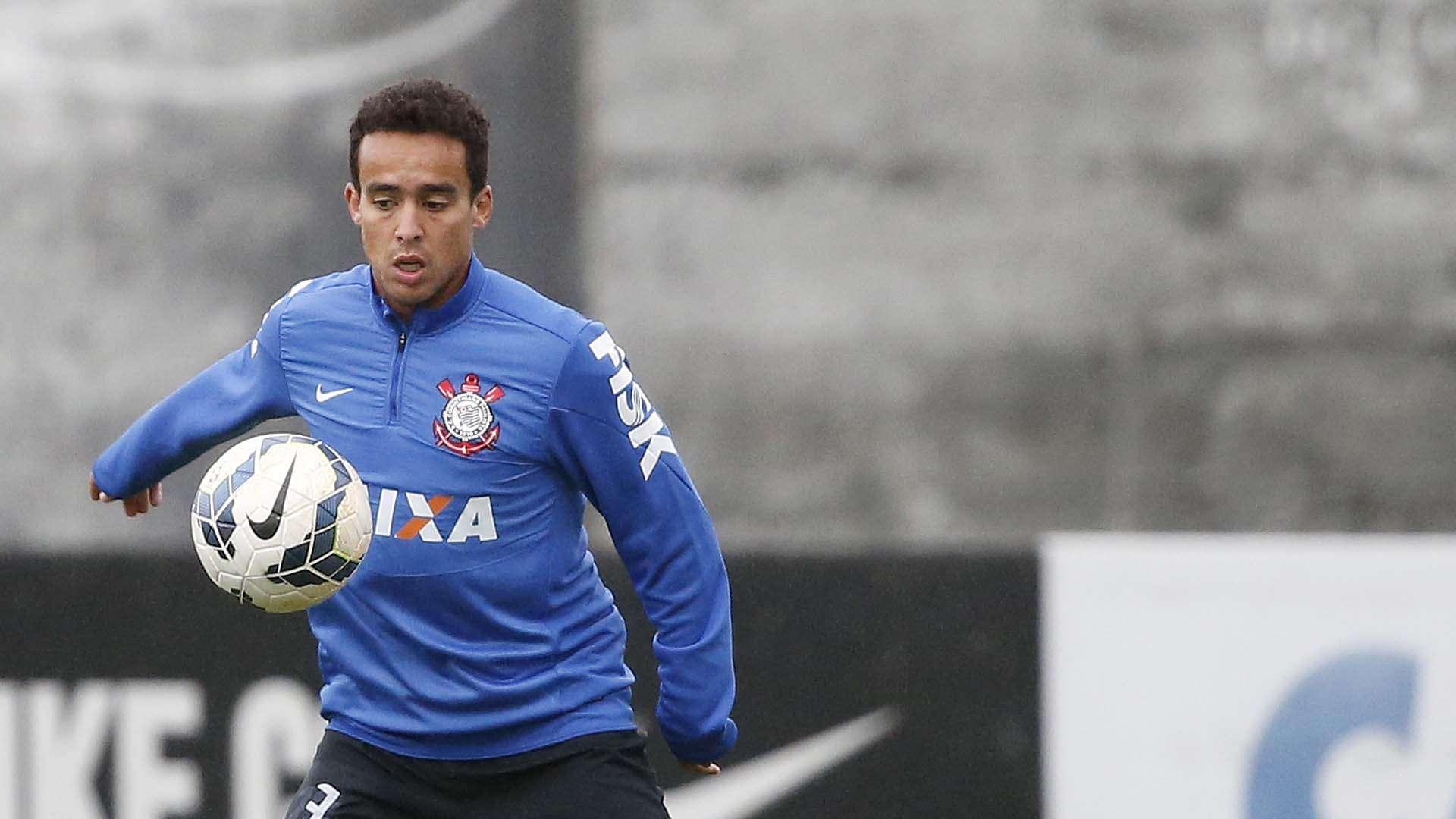 Jadson também volta ao Corinthians no clássico contra o Santos Foto: Ricardo Matsukawa/Terra