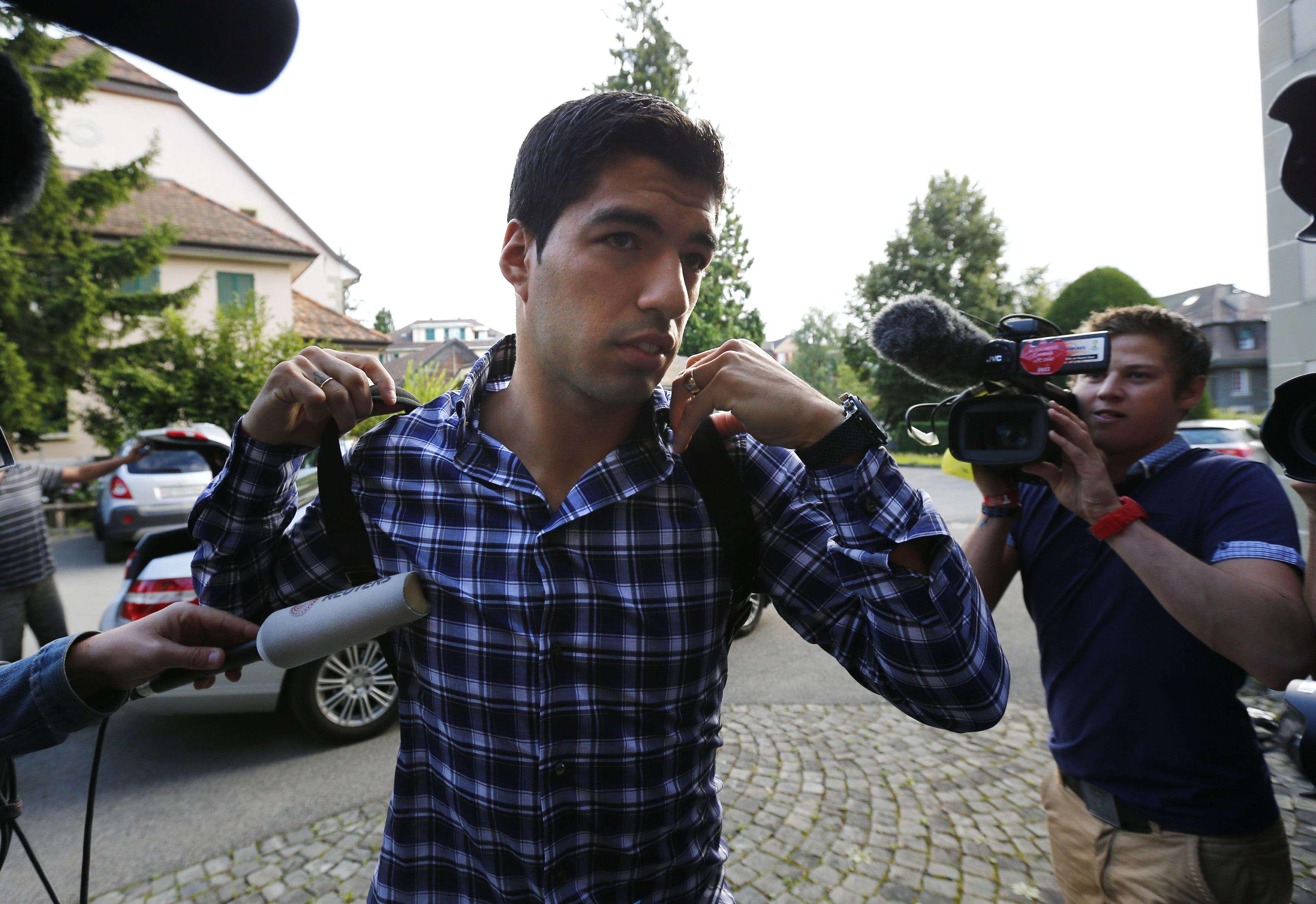 Luis Suárez sabrá este jueves si reducen su sanción