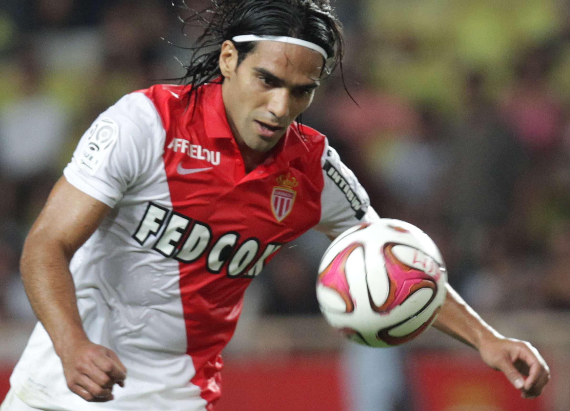 Milan prepara oferta millonaria por Radamel Falcao