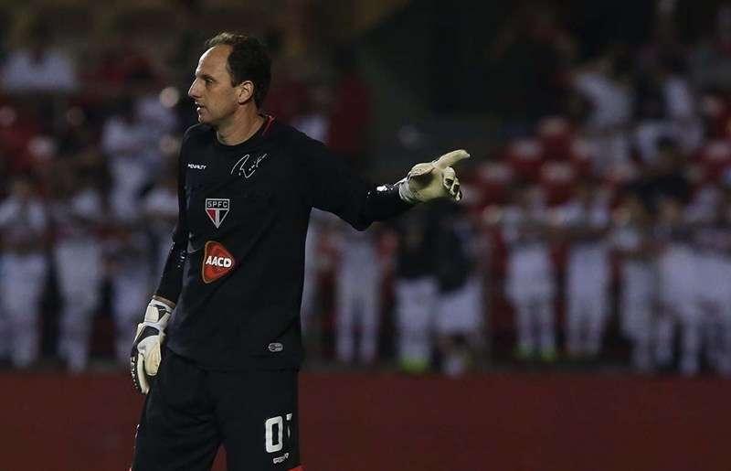 Rogério Ceni fez defesas importantes contra o Vitória no Morumbi Foto: Rubens Chiri/São Paulo FC/Divulgação