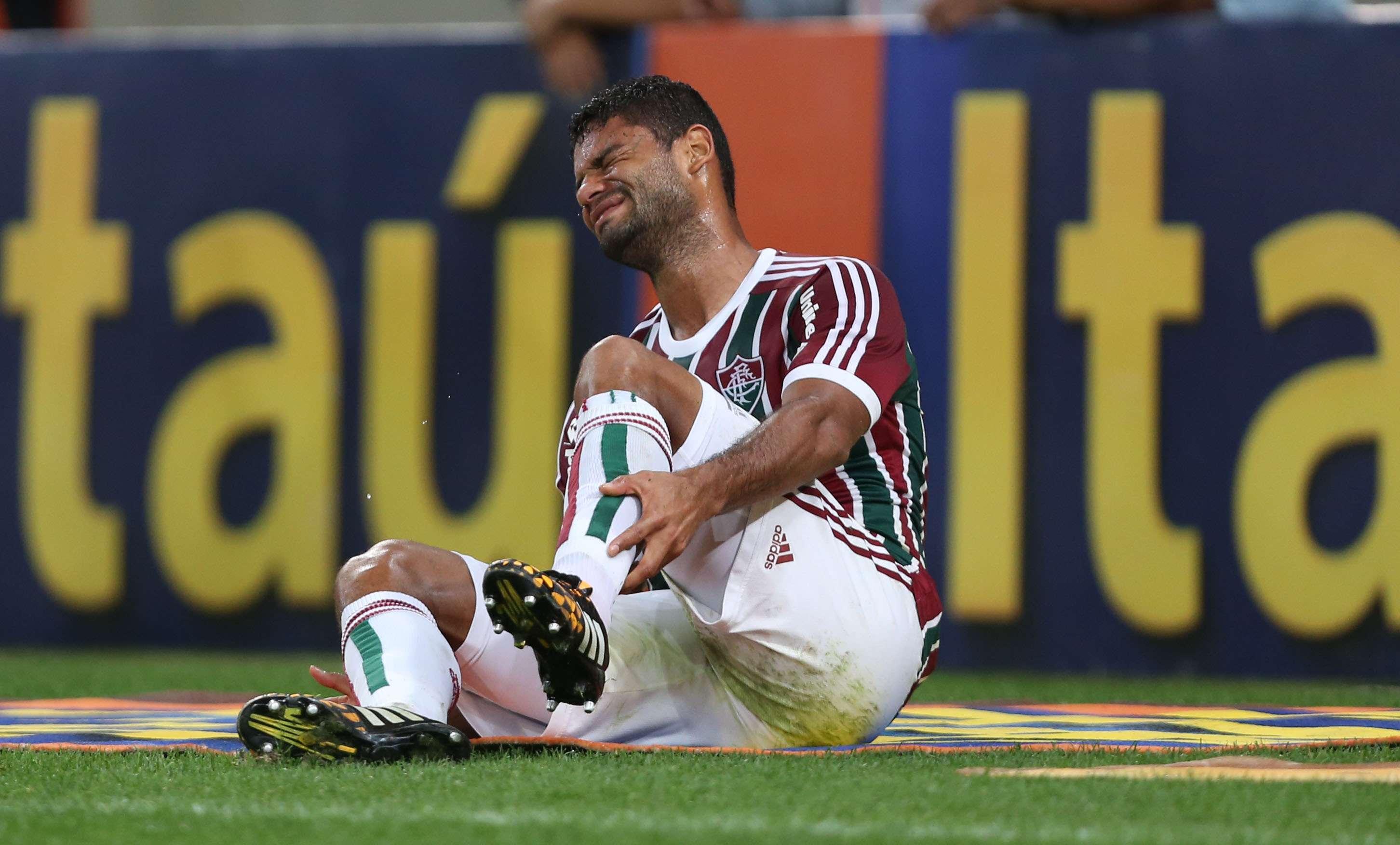 Gum sentiu uma lesão e acabou substituído por Fabrício Foto: Nelson Perez/Divulgação