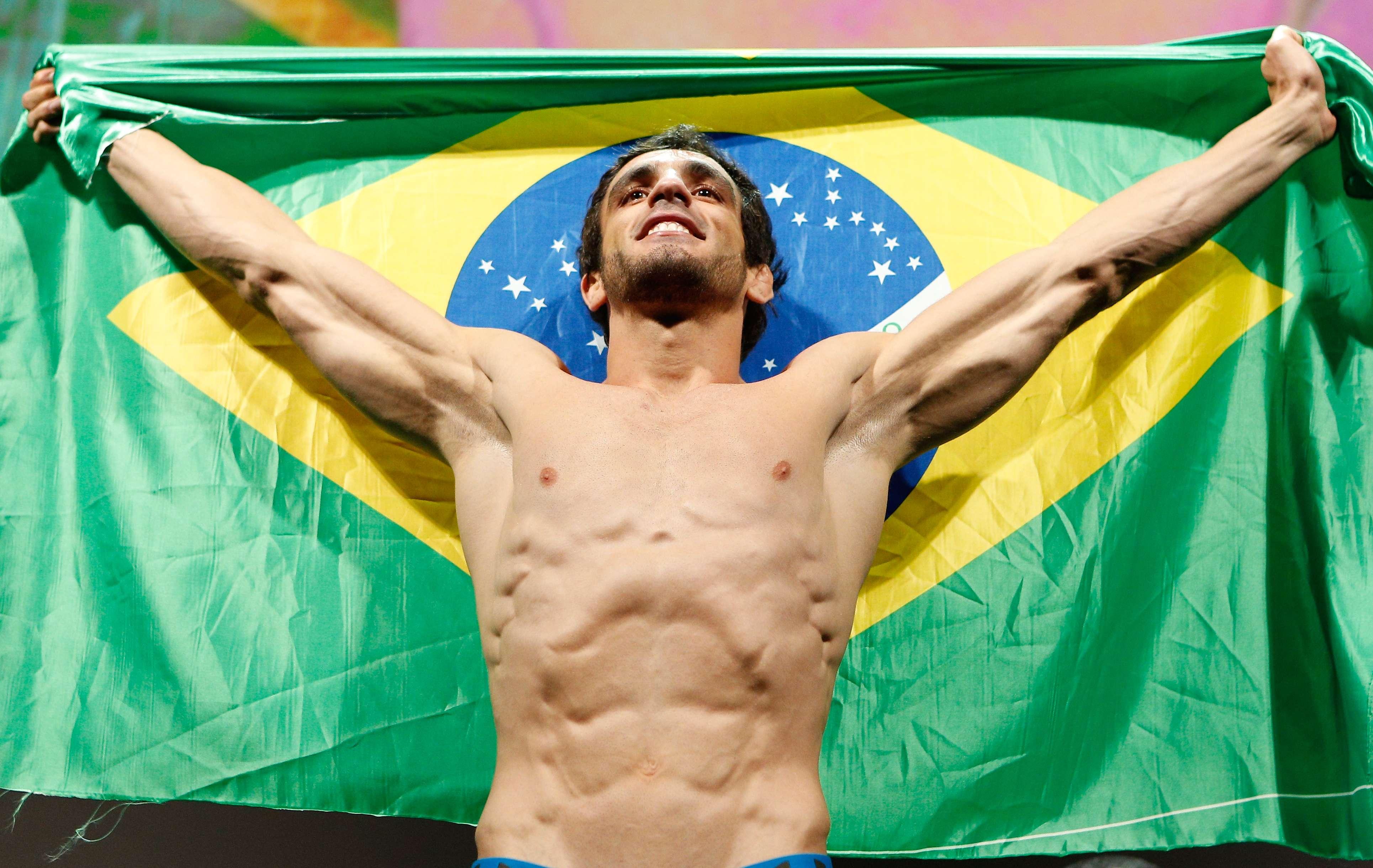 """Mulheres e """"pequenos"""" podem ser o futuro do Brasil no UFC"""