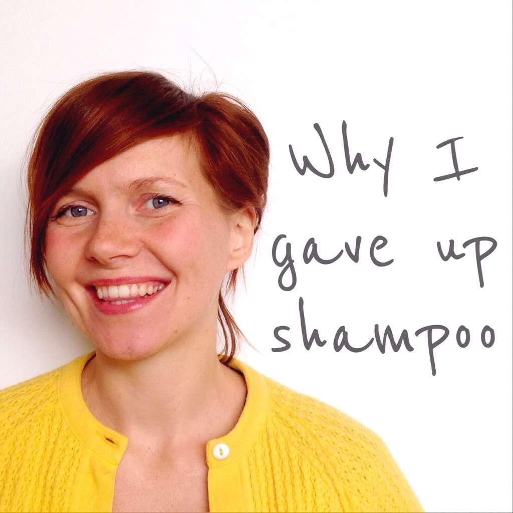 Blogueira para de usar xampu por 2 anos e comemora resultado