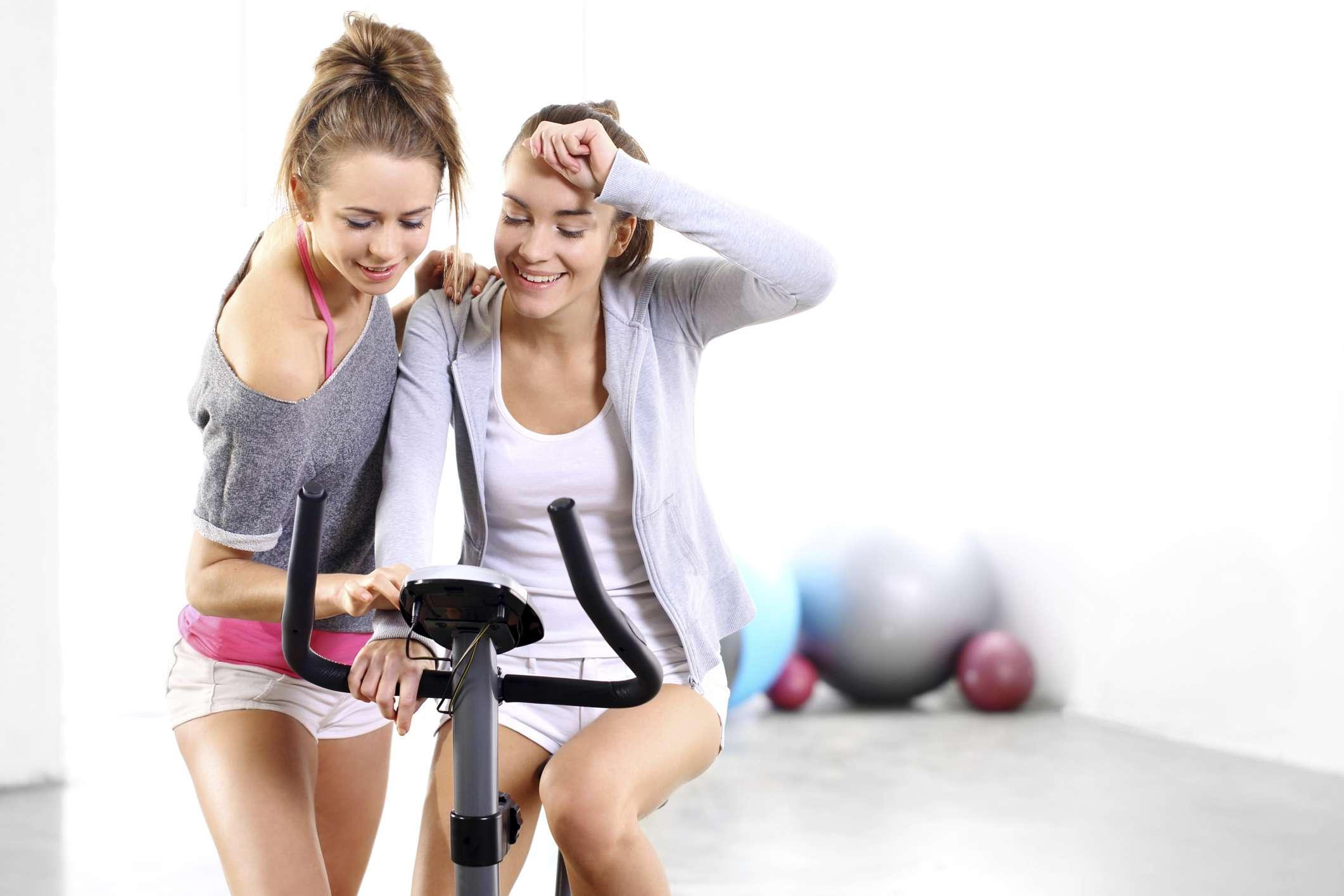 Ter amigas magras aumenta a pressão para perder peso