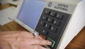 Urna eletrônica Foto: Fábio Pozzebom/Agência Brasil