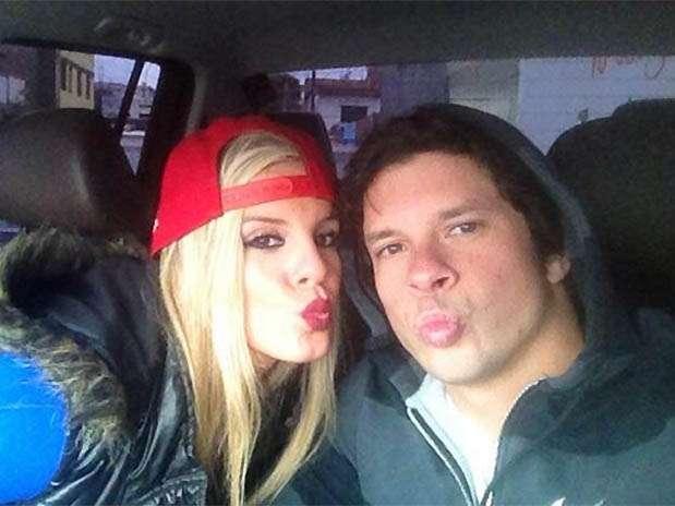 """Alejandra Baigorria y Mario Hart de """"Combate"""". Foto: Twitter"""