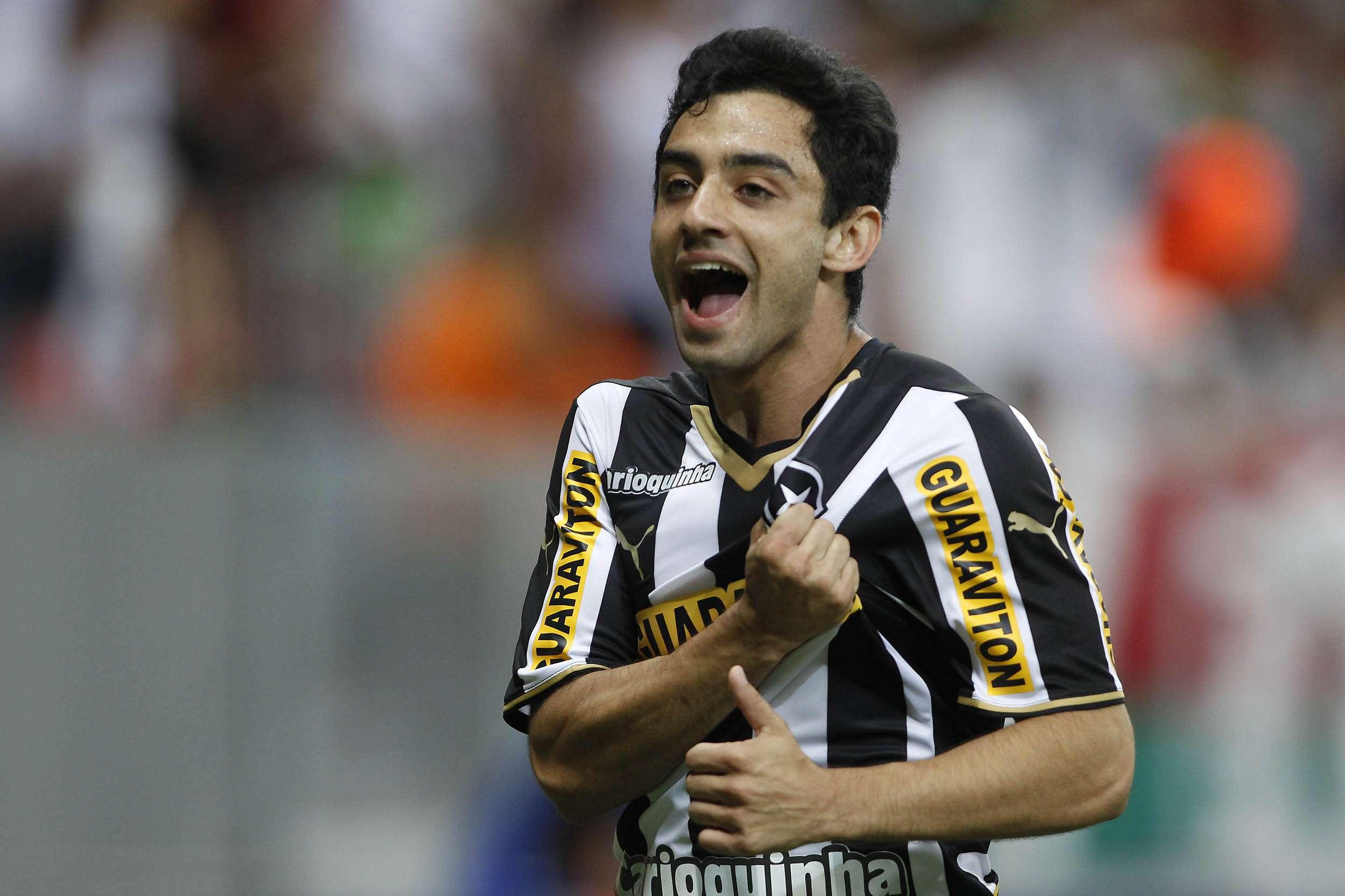 O jovem Daniel fez um golaço e abriu o placar Foto: Adalberto Marques/ Agif/Gazeta Press