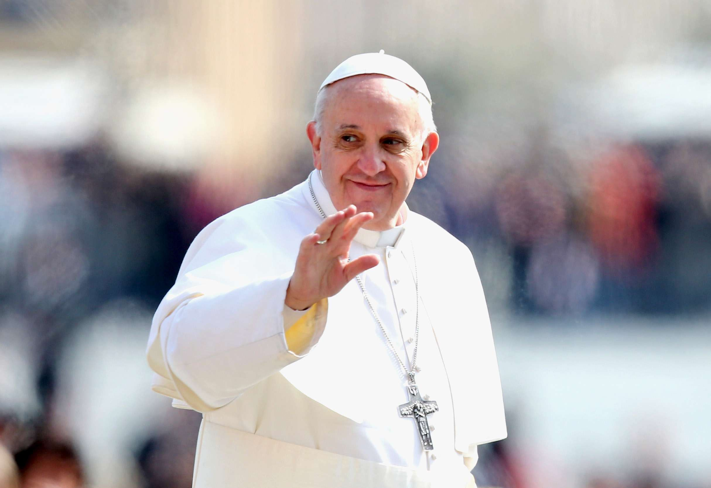 Papa Francisco supera los 15 millones de followers en ...
