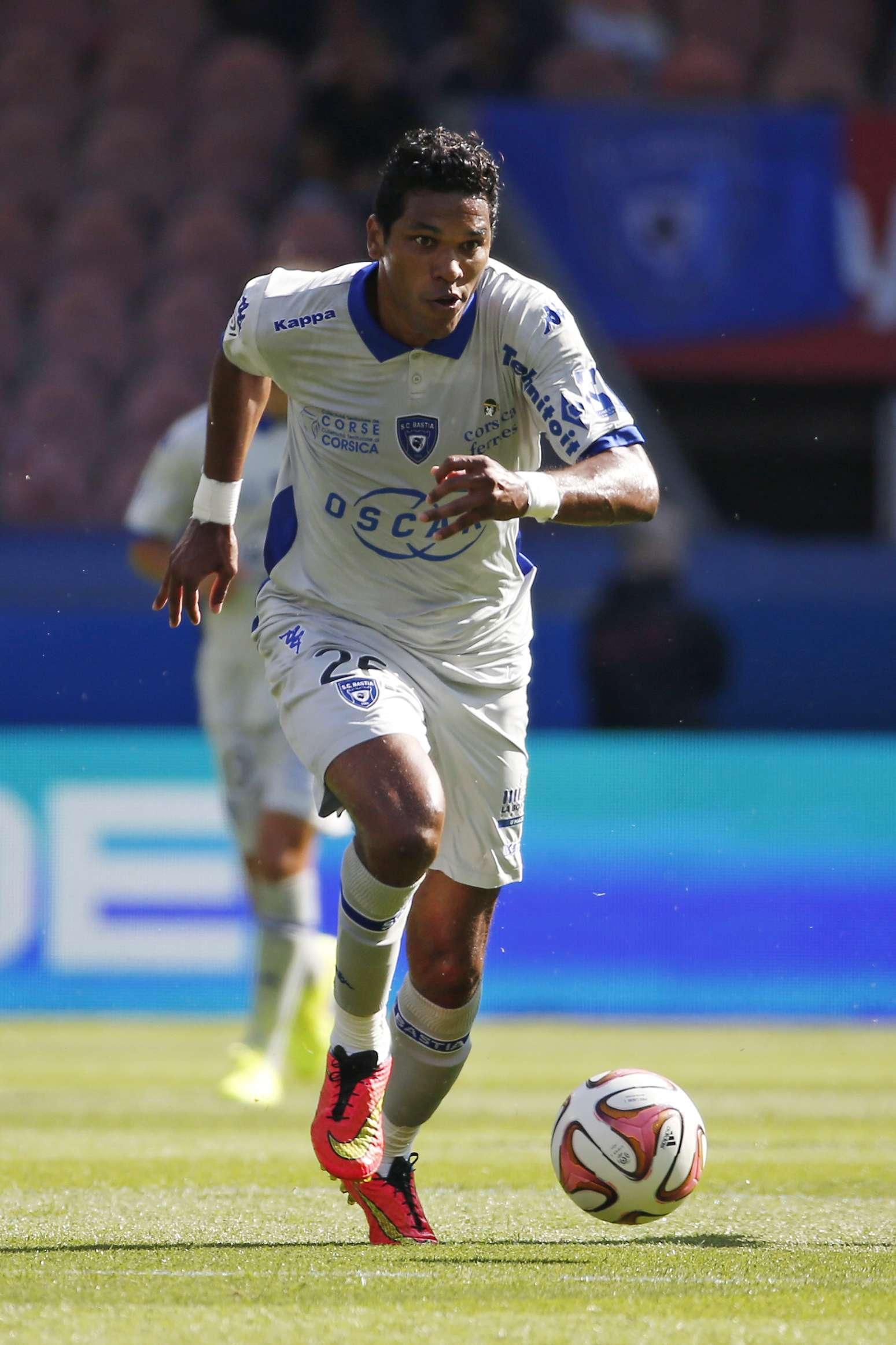 Bastia no sanciona a Brandao tras el incidente con Motta