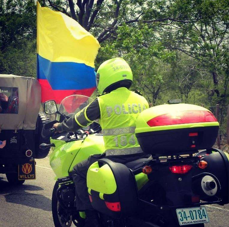 Policía-Tránsito