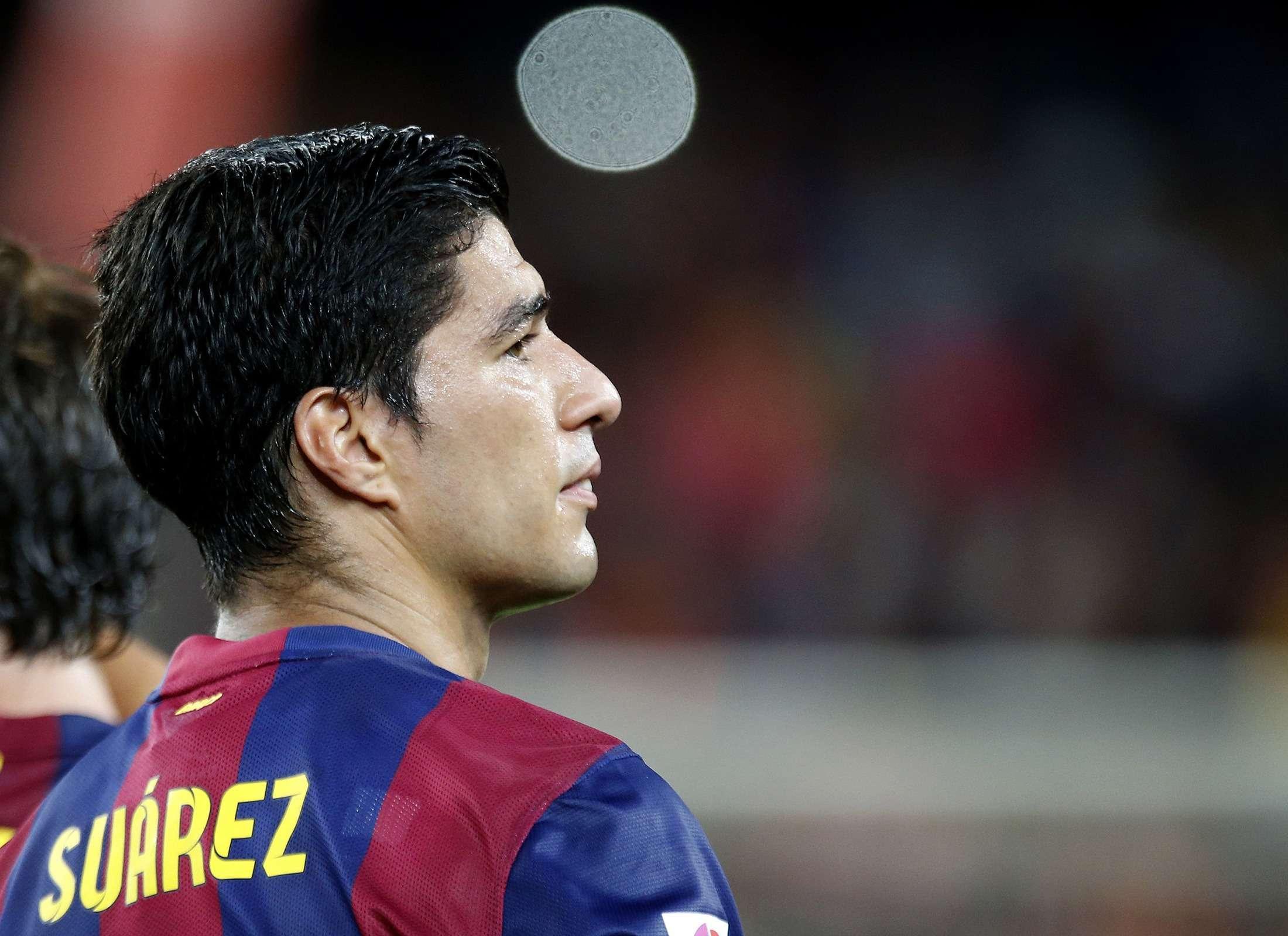 "Suárez aceptó estar ""muy deprimido"" tras morder a Chiellini"