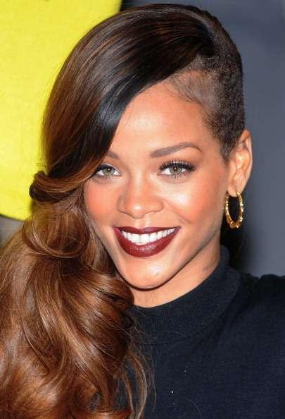 Rihanna enciende Twitter gracias a una foto algo atrevida