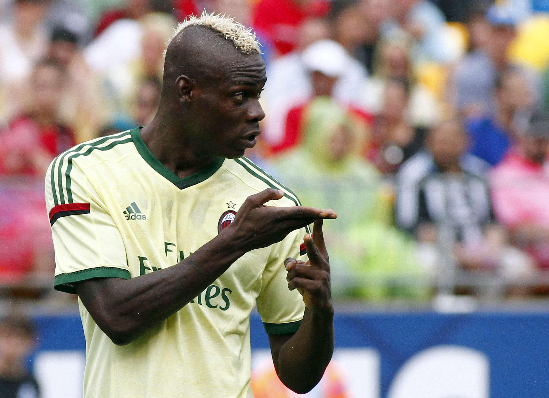 Liverpool pone una condición para la llegada de Balotelli