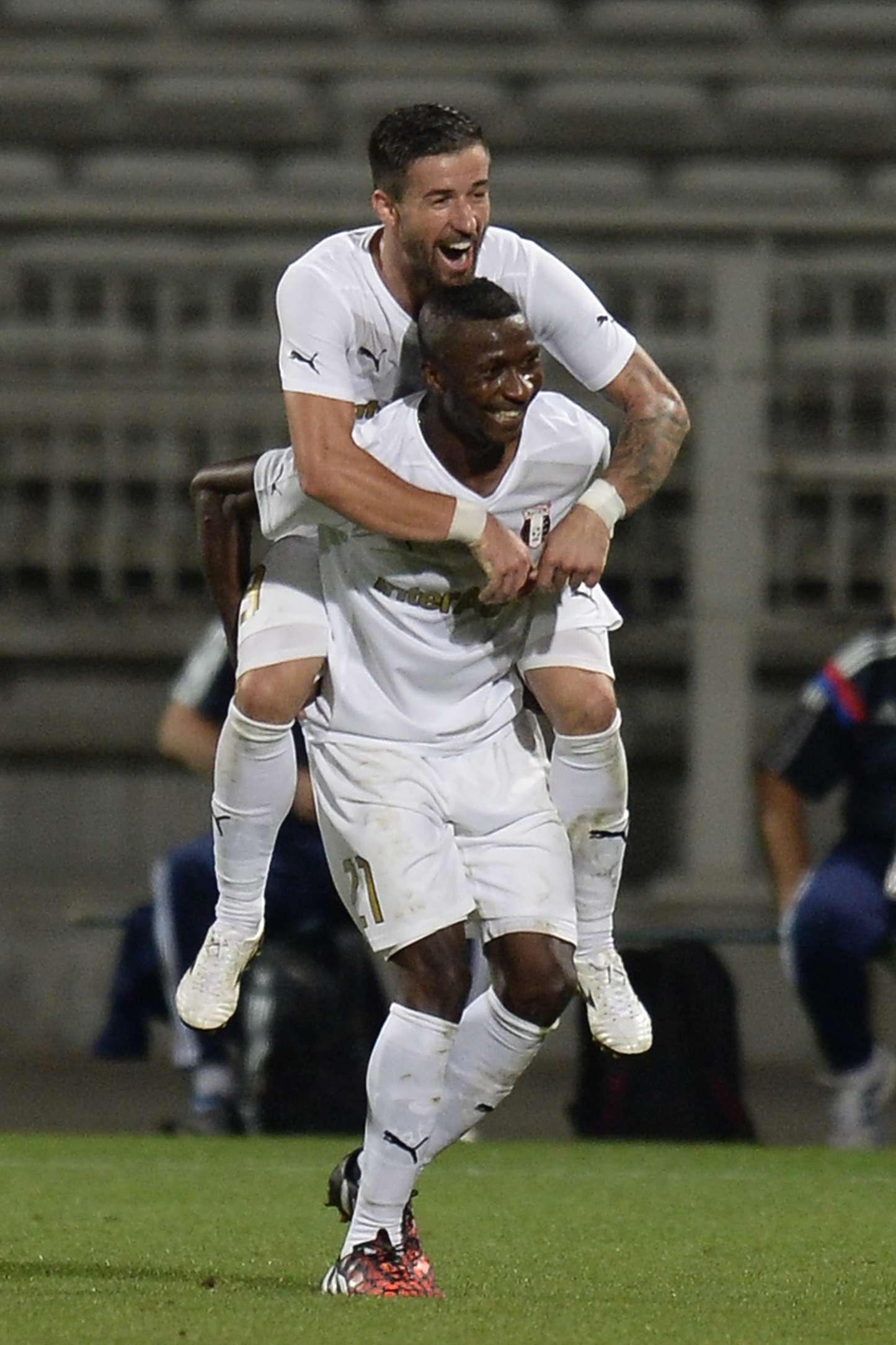 Liga Europa: Lyon decepciona e perde para clube romeno