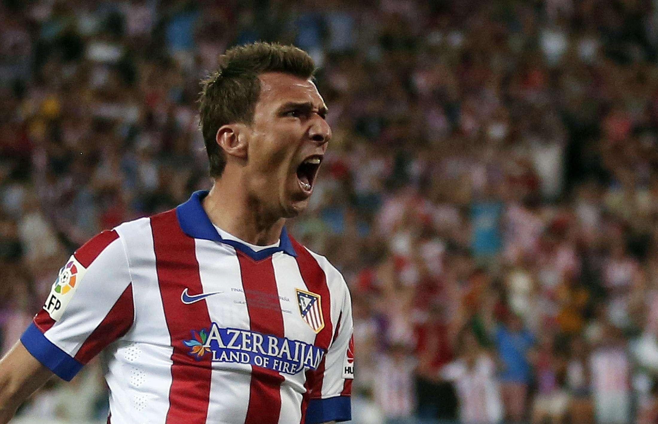 Mandzukic comemora o gol do título do Atlético de Madrid Foto: Juan Medina/Reuters