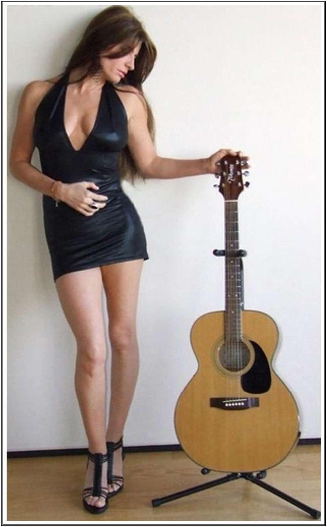 "Andrea Lafert regresa para presentar Novena Conciencia"""
