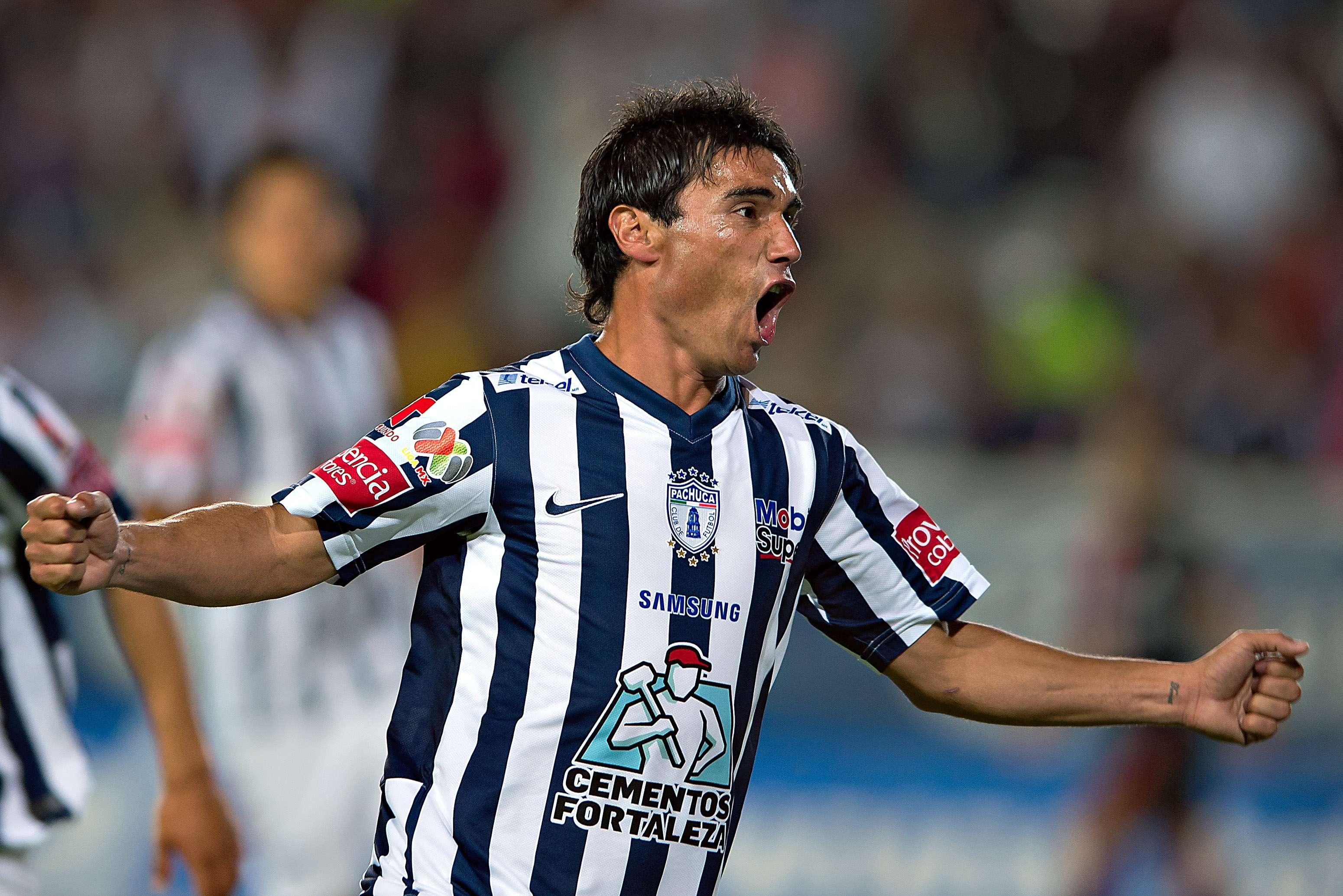 Matías Alustiza marcó un triplete en el triunfo de Pachuca 3-1 sobre Atlas. Foto: Mexsport