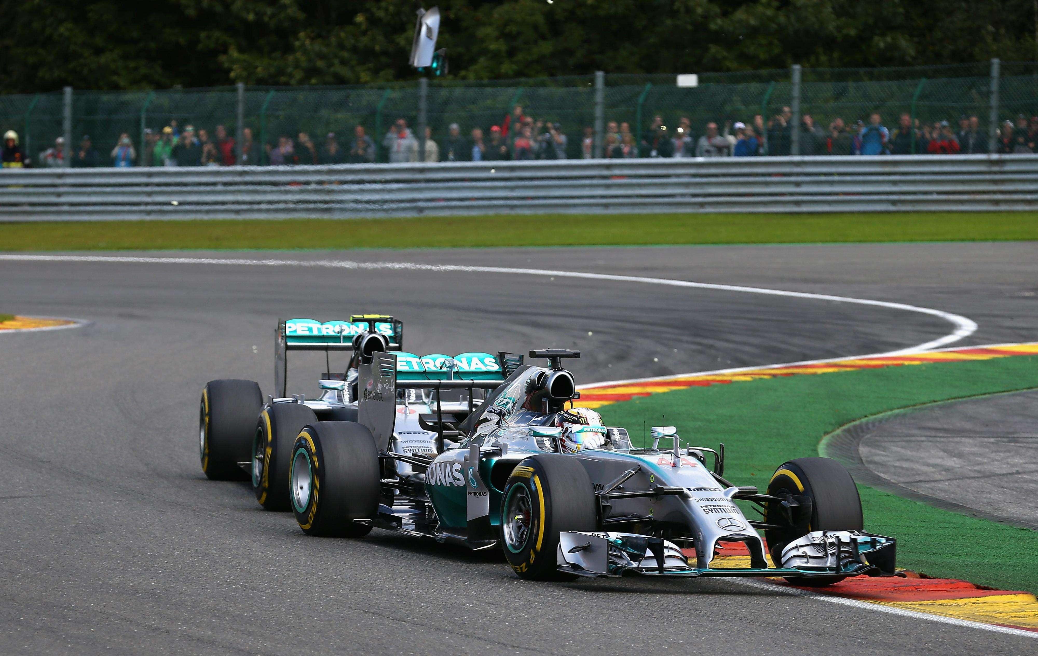 Hamilton ya no sabe si puede confiar en Rosberg