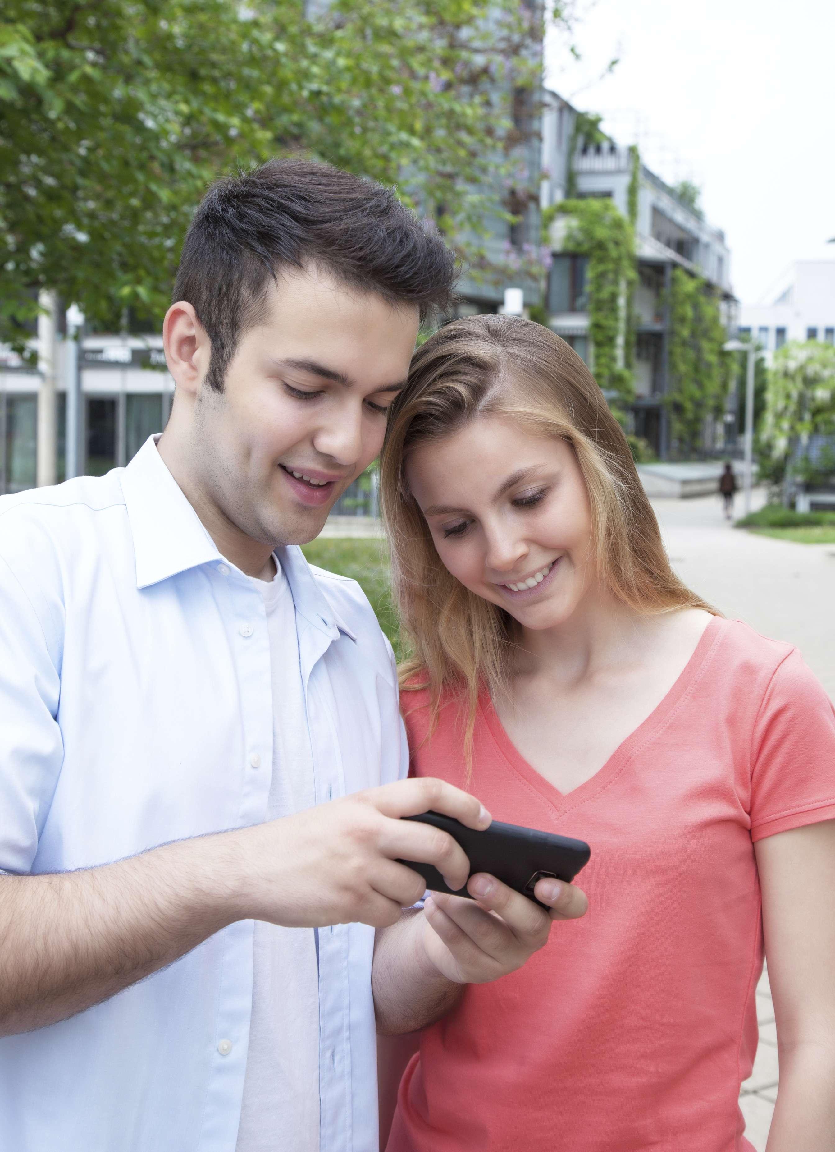 Dime cómo usas Facebook con tu pareja y te diré cómo eres