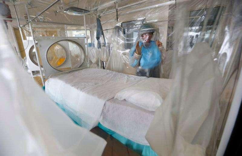 Epidemia de ébola en África Occidental podría infectar a...