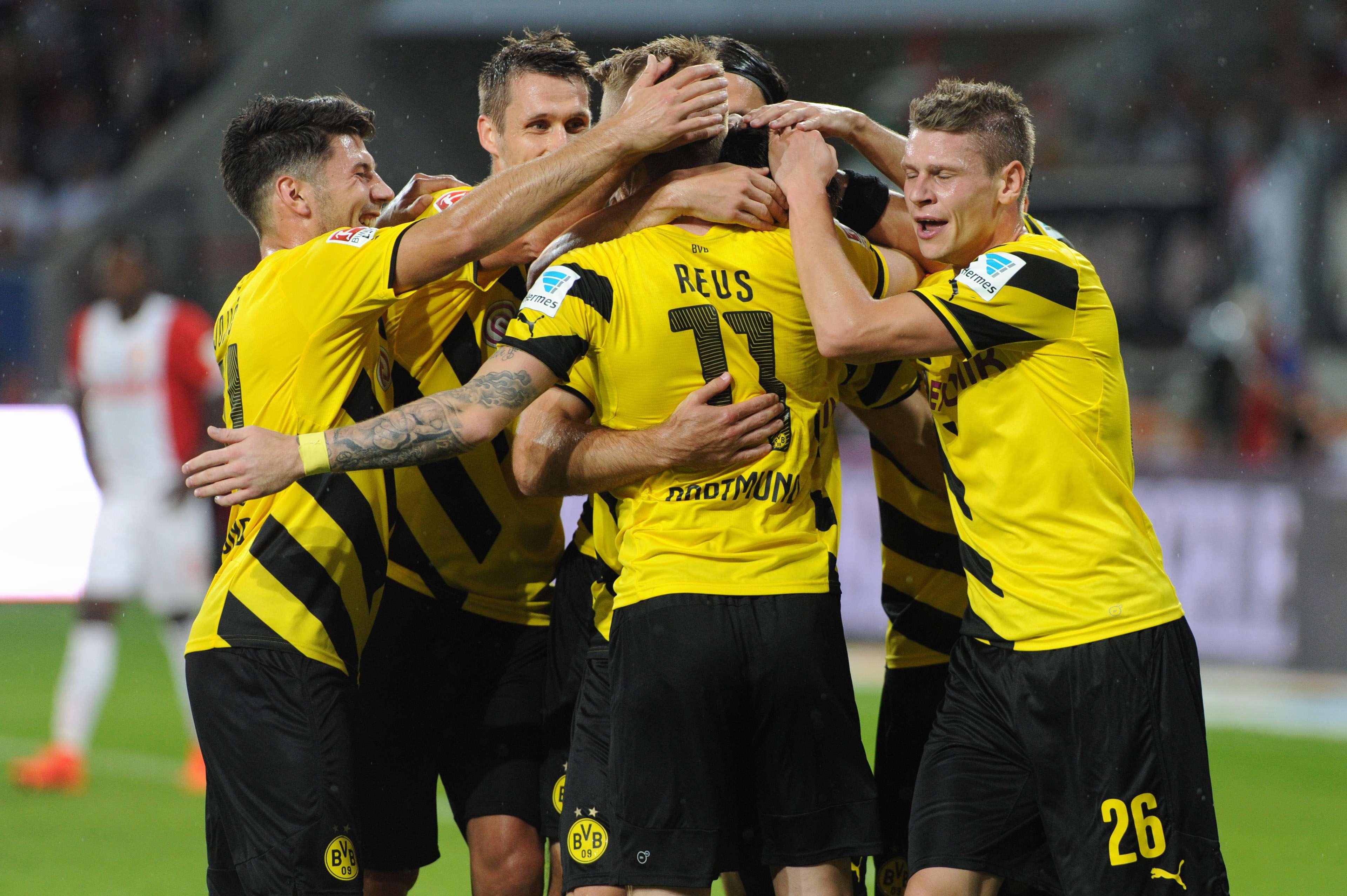 Borussia Dortmund obtiene su primer triunfo en la Bundesliga