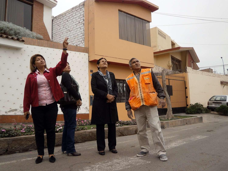 Proponen desviar ruta de aviones que sobrevuelan La Perla