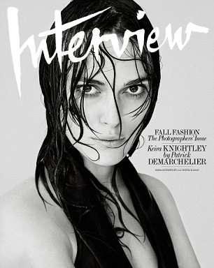 Keira Knightley luce su extrema delgadez en topless