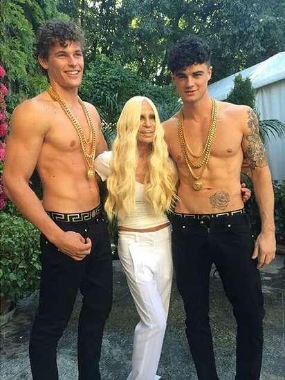 Instagram/Donatella Versace