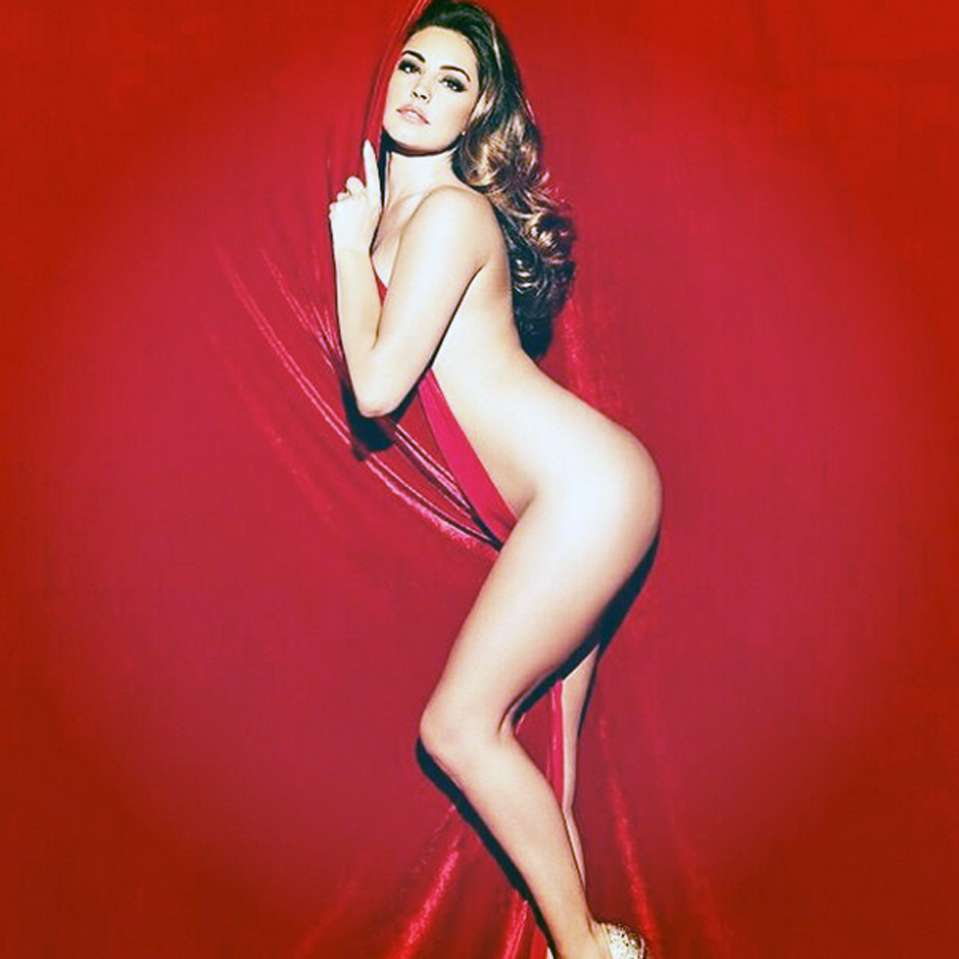 Instagram / Kelly Brook