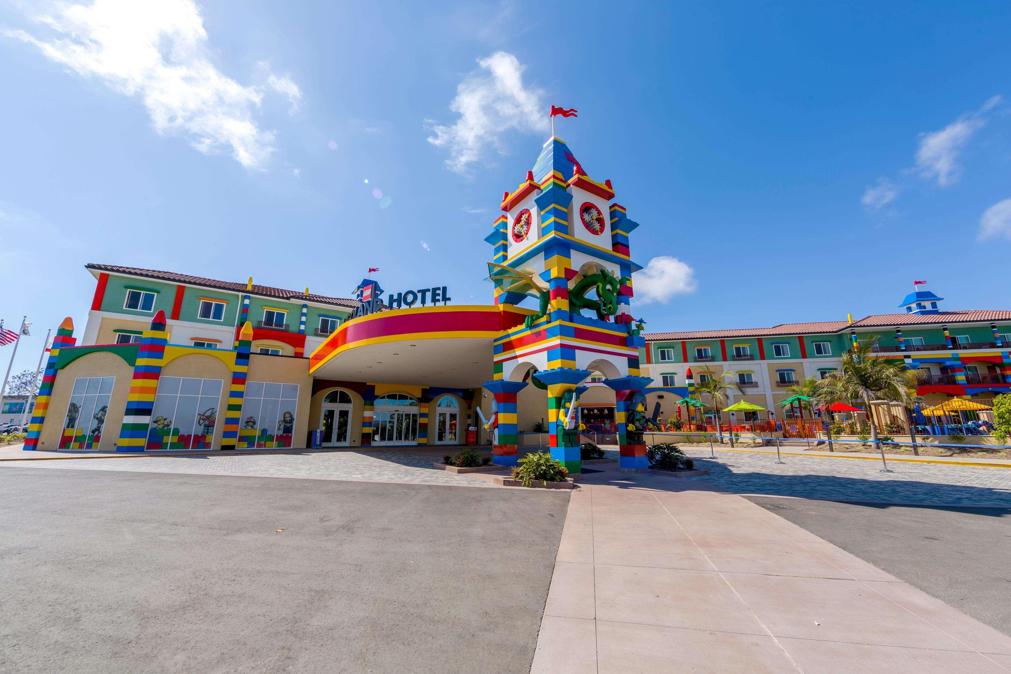 """Um ano antes de inauguração, hotel """"de lego"""" abre reservas"""