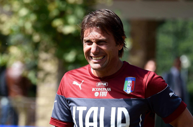Conte, ofuscado por falta de atacantes italianos en Serie A