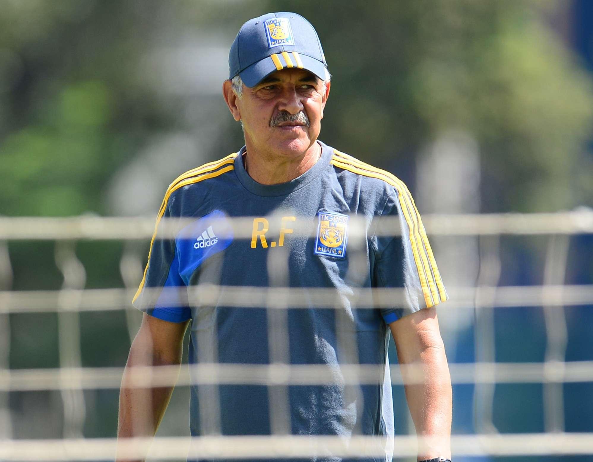 Ricardo Ferretti suma 16 torneos cortos como técnico de Tigres, en tres etapas distintas. Foto: Mexsport