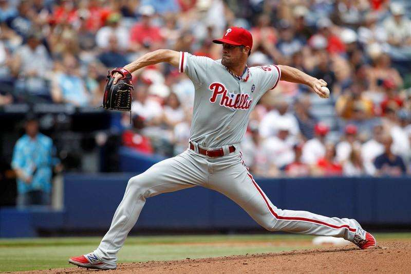Hamels, bullpen combine for no-hitter for Phillies
