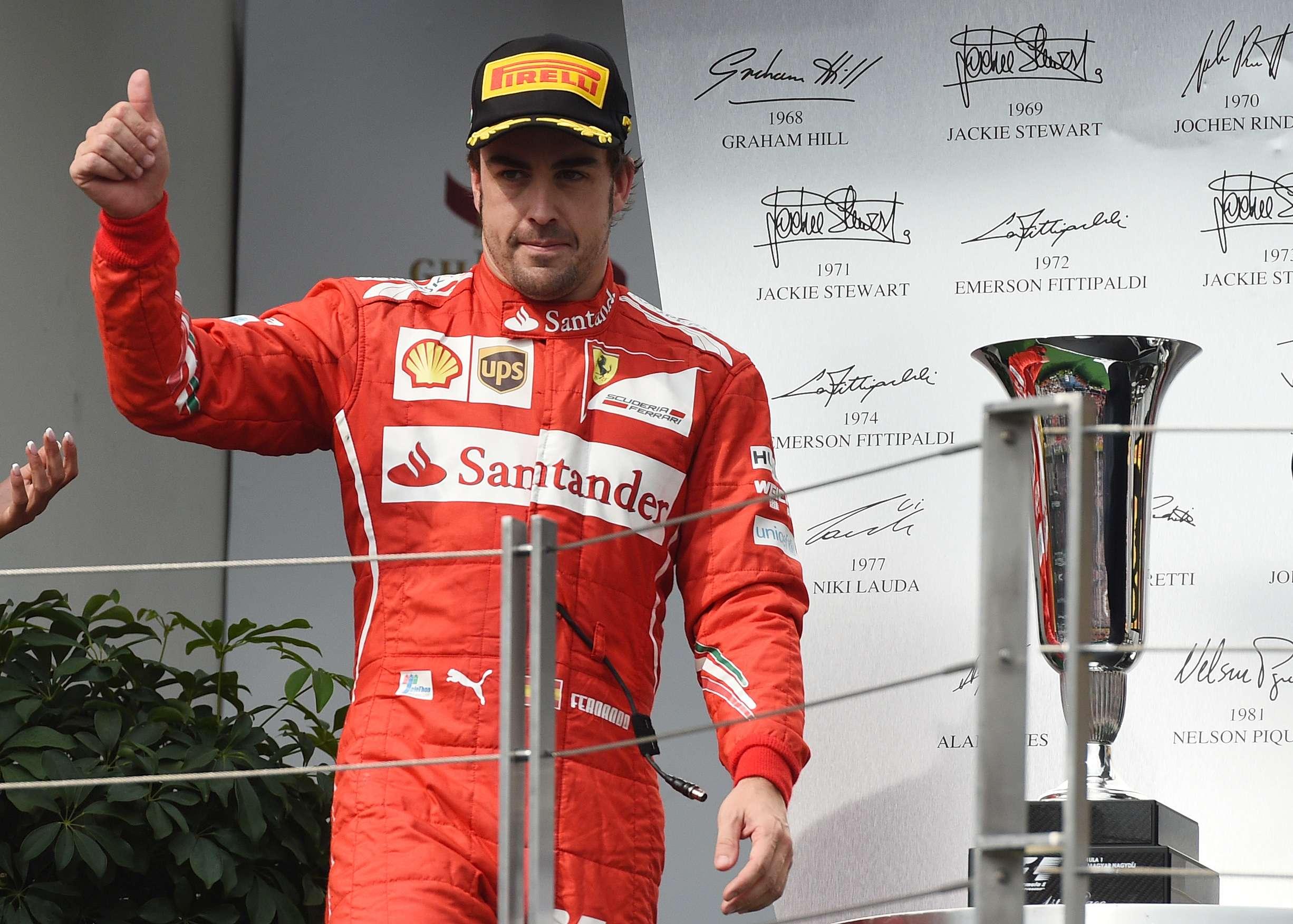 """Alonso: """"Tengo contrato y mi intención es seguir en Ferrari"""""""