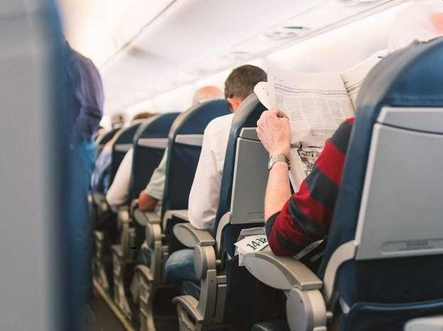 Avião antecipa pouso por causa de briga entre passageiros