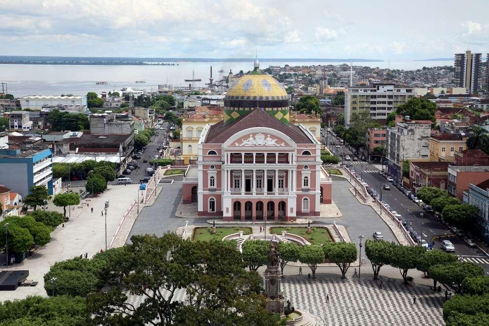 A rota terá escala de dois dias em Manaus, assim como em outras cidades da América do Sul Foto: Alvaro Pantoja/Shutterstock
