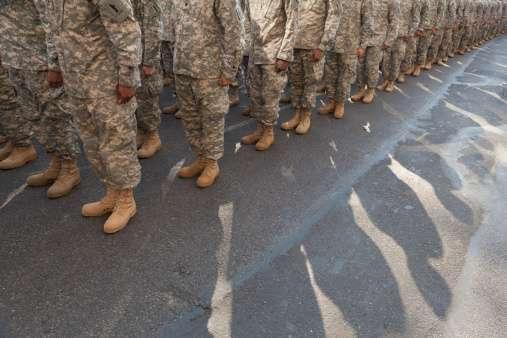 Obama aprueba envío de 350 militares más a Irak