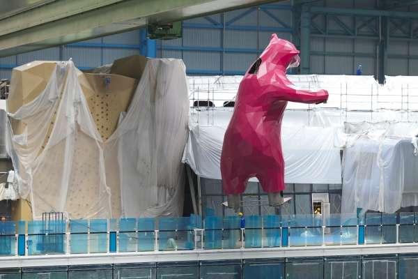 Urso de mais de 9 metros de altura será uma das obras de arte a bordo do Quantum of the Seas Foto: Royal Caribbean International/Divulgação