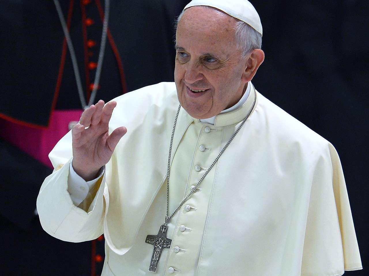 El Papa Francisco I envió su apoyo y cariño a Lilian Clark, madre de Gustavo Cerati Foto: AFP en español