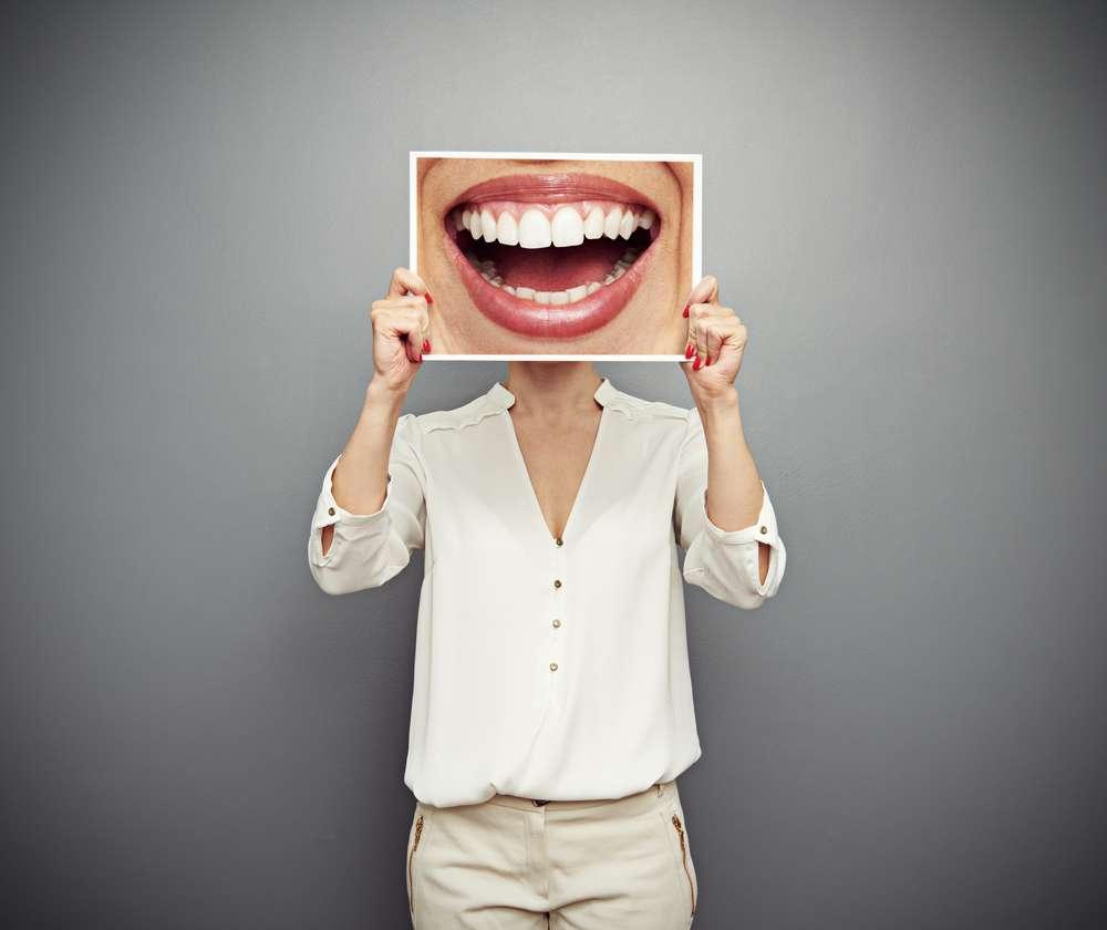 Curiosidades sobre o universo da saúde bucal podem fazer as pessoas repensarem seus hábitos Foto: ArtFamily/Shutterstock