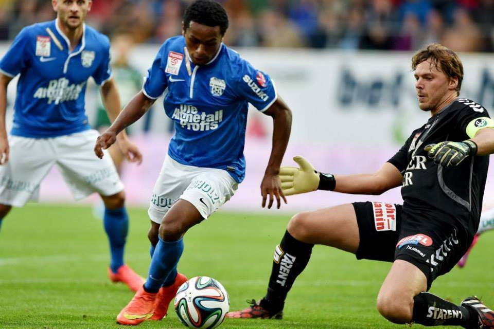 Yordy Reyna viene asentándose en el fútbol de Austria. Foto: Facebook SV Grödig.