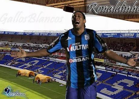 Montagem de Ronaldinho com a camisa do clube mexicano Foto: Twitter/Reprodução