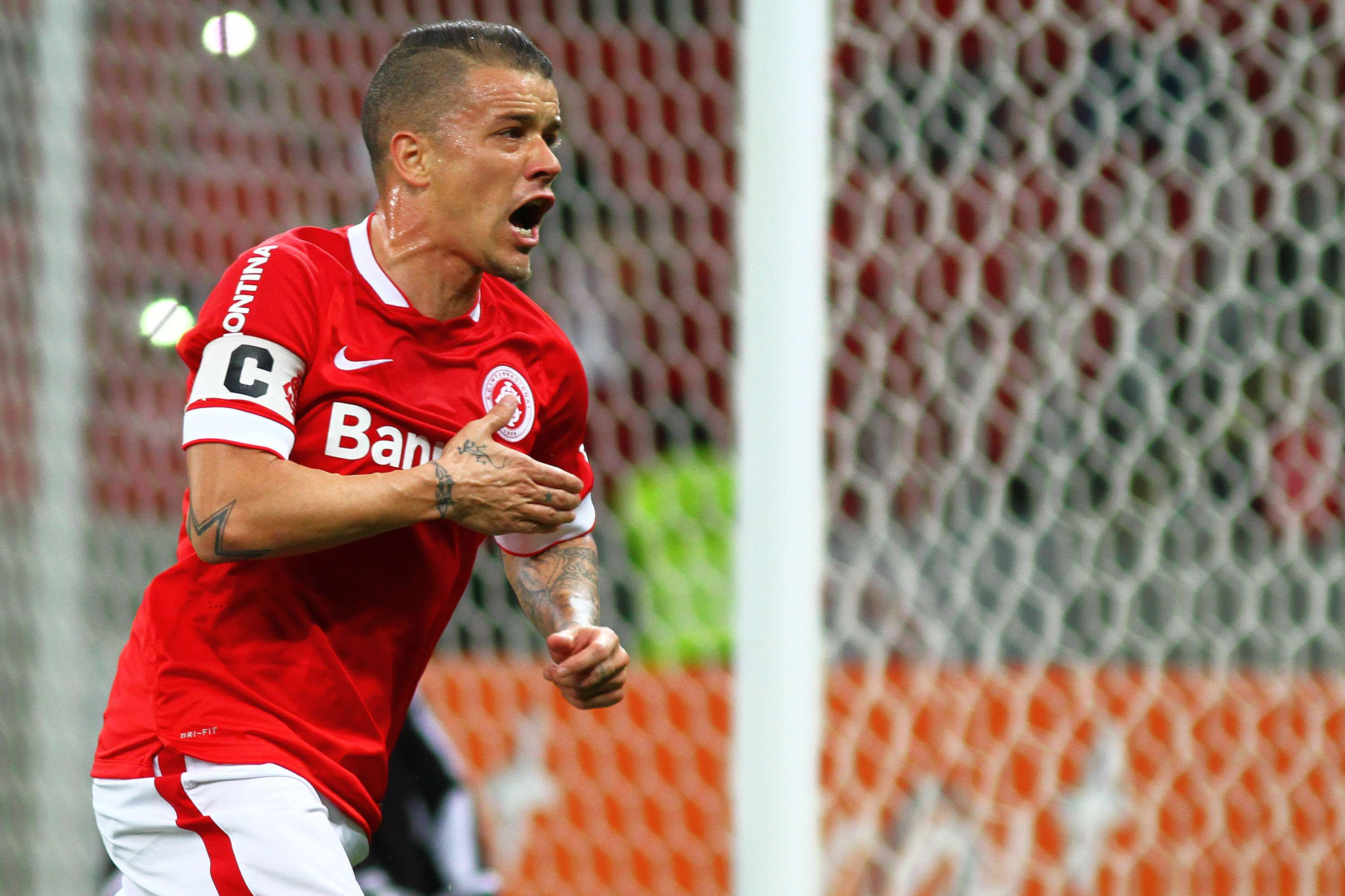 D'Alessandro comemora primeiro gol do Internacional Foto: Lucas Uebel/Getty Images