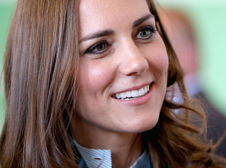 Kate cuida dos dentes, da maquiagem, do cabelo e da pele com muito cuidado Foto: Chris Jackson/Getty Images