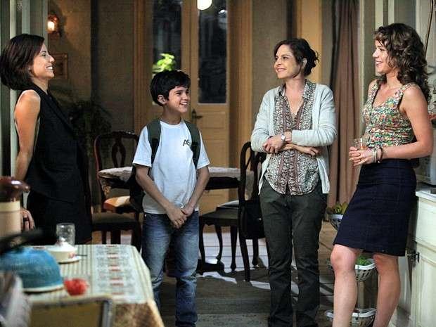 Maria Clara resolve visitar Cristina Foto: TV Globo/Divulgação