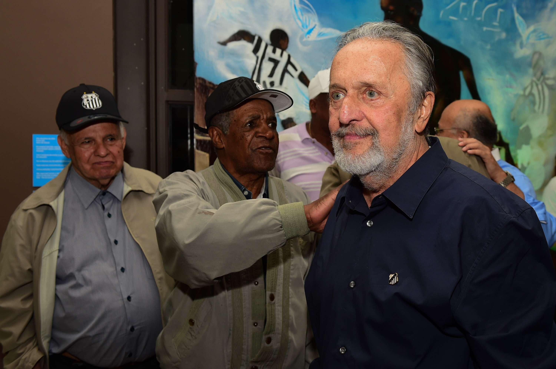 Luís Alvaro esteve presente em lançamento de uniforme do Santos Foto: Djalma Vassão /Gazeta Press
