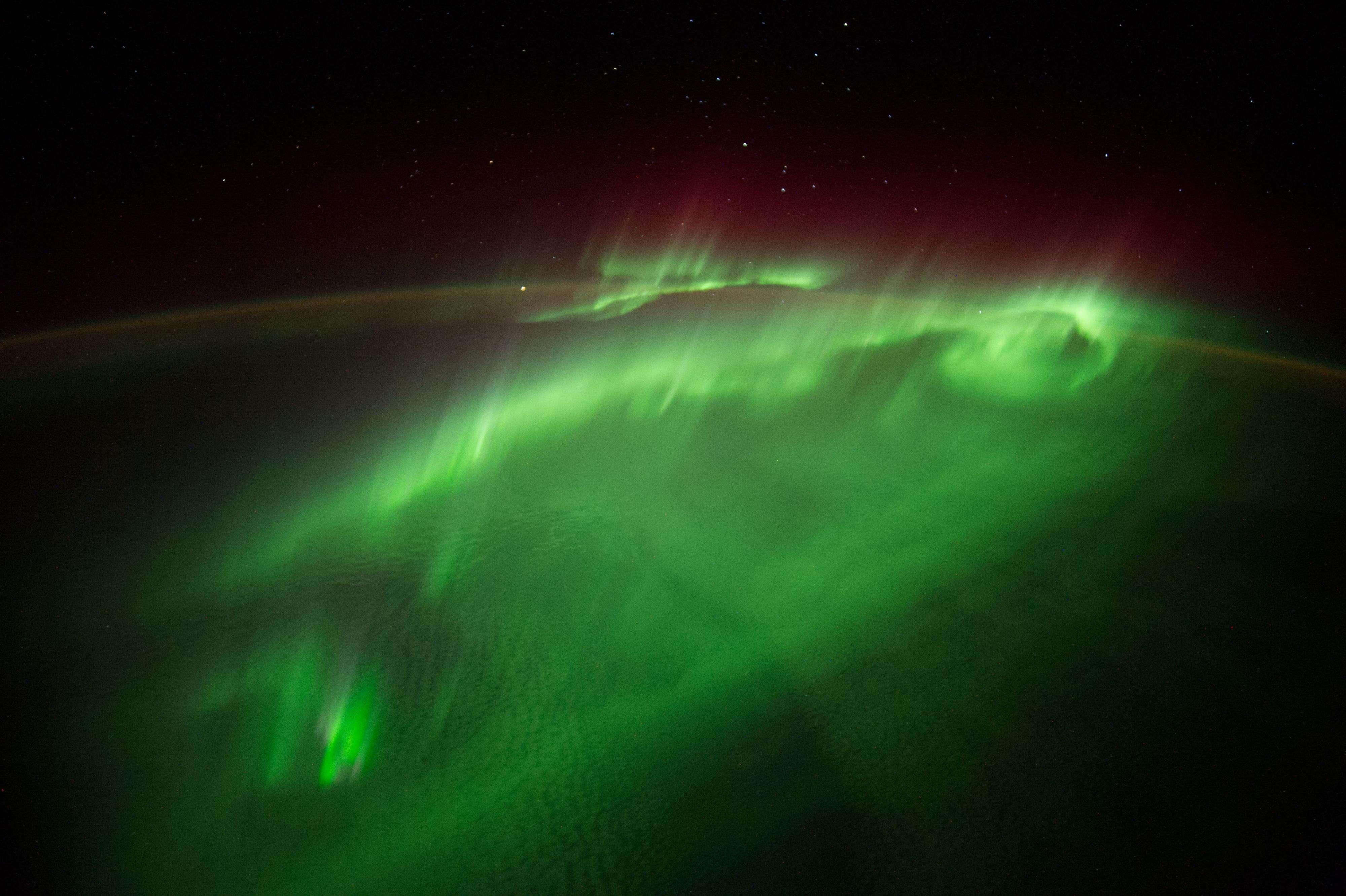 La foto del día de la NASA el 9 de septiembre de 2014 fue la imagen que captó el astronauta Alexander Gerst de una aurora en la Tierra desde la Estación Espacial Internacional. Foto: Alexander Gerst/NASA/ESA