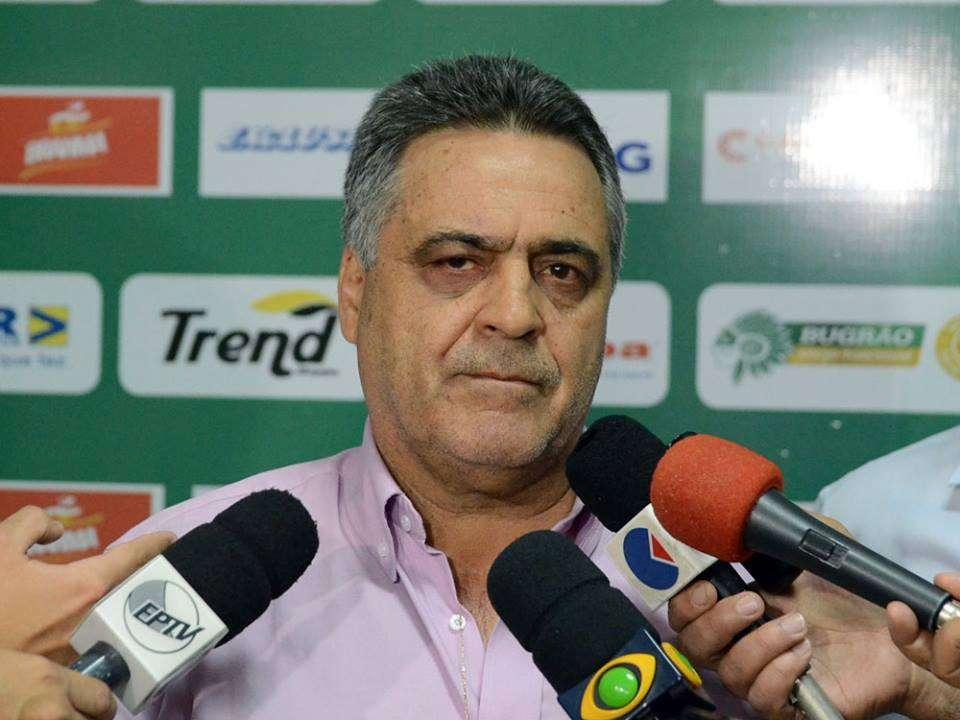 Vágner Benazzi estará no banco de reservas contra o Duque de Caxias Foto: José da Cunha/Agência Guarani