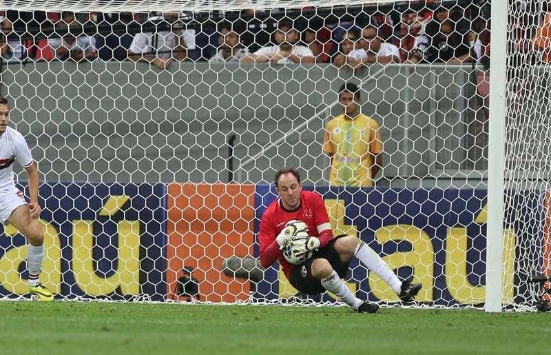 Rogério Ceni fez boas defesas na vitória do São Paulo Foto: Rubens Chiri/São Paulo FC/Divulgação