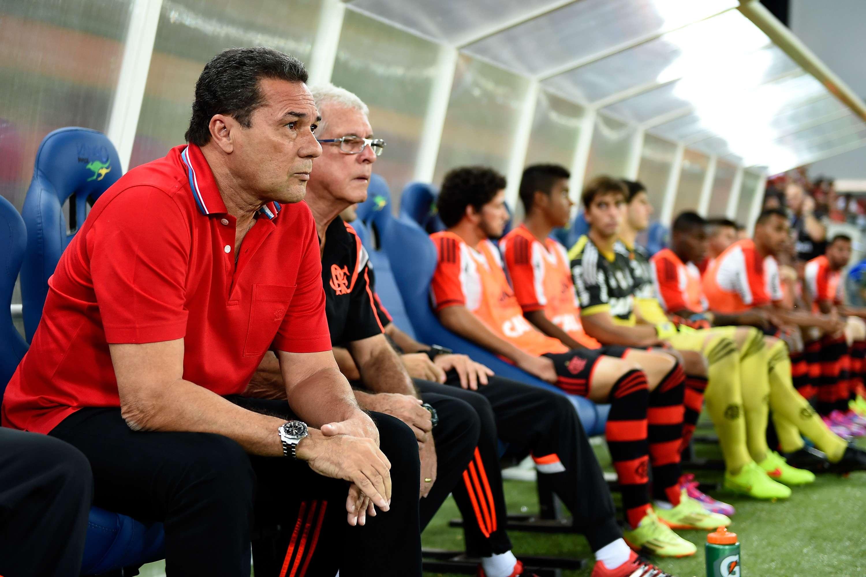 Luxemburgo amarga segunda derrota seguida no Campeonato Brasileiro Foto: Buda Mendes/Getty Images